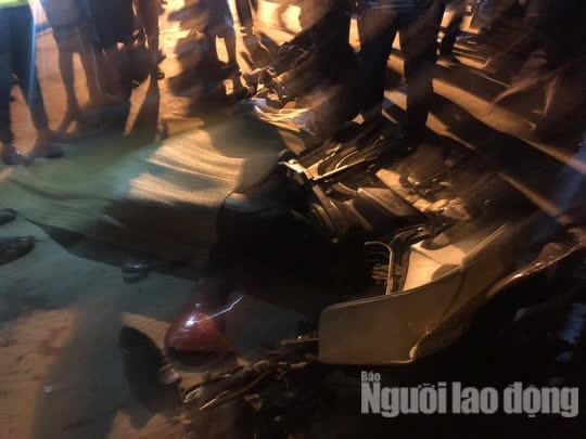 Quảng Nam: Ôtô điên lùa 4 xe máy, 2 người chết, 2 bị thương - Ảnh 3.