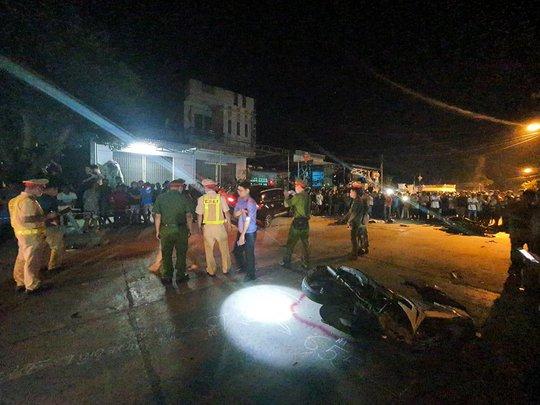Tai nạn kinh hoàng 7 người thương vong ở Quảng Nam: Tài xế say rượu? - Ảnh 4.
