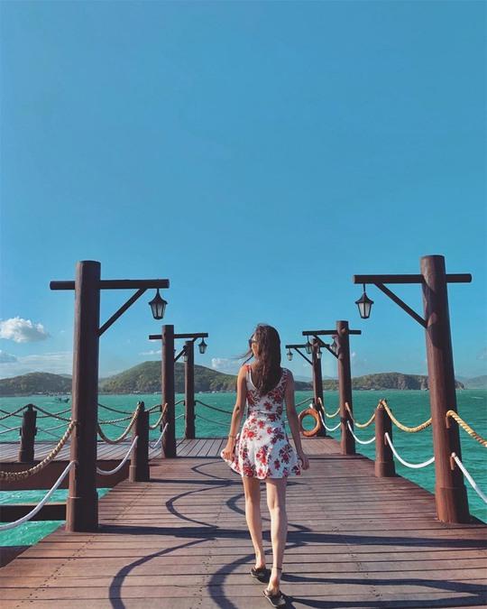 Check-in 4 cây cầu gỗ trên biển ở Việt Nam - Ảnh 2.