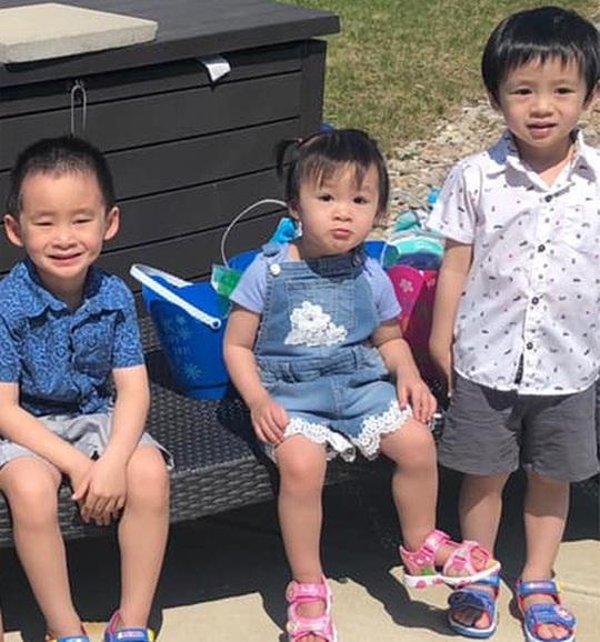 Xuân Mai khoe ảnh 3 con bé bỏng, con gái út giống hệt mẹ lúc nhỏ - Ảnh 1.