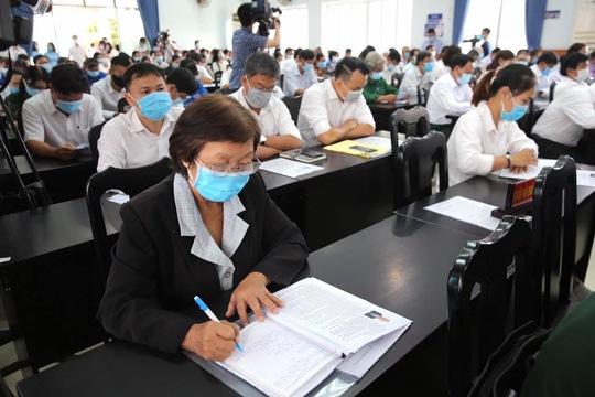Chủ tịch nước Nguyễn Xuân Phúc mong muốn Hóc Môn sớm thành quận - Ảnh 4.