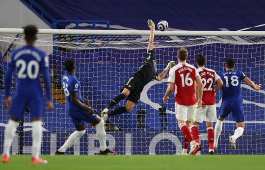 Chelsea tặng quà trận derby, Arsenal mơ mộng Top 6 - Ảnh 7.