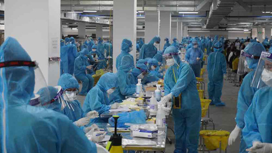 Ổ dịch Công ty Hosiden thêm 159 ca dương tính SARS-CoV-2, Bộ Y tế về họp khẩn - Ảnh 1.