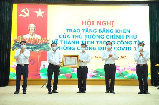 Hà Nội tiếp sức Bắc Giang tại ổ dịch gần 100.000 công nhân - Ảnh 1.