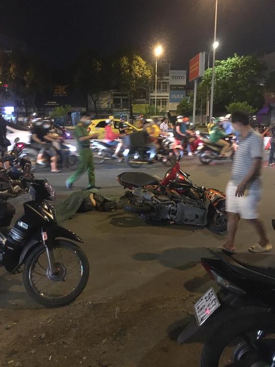 Thanh niên nghi giật điện thoại tử vong trên đường Điện Biên Phủ - Ảnh 1.