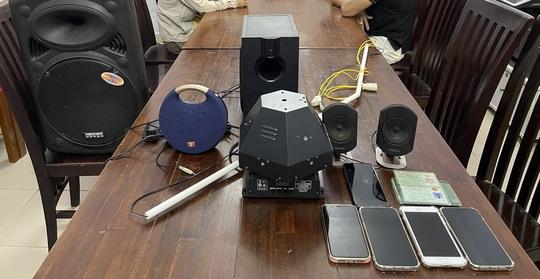 Đà Nẵng: Nhóm nam nữ mở tiệc ma túy trong chung cư giữa mùa dịch - Ảnh 2.