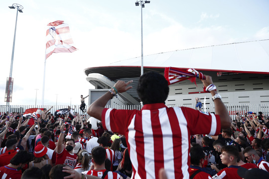 Atletico Madrid ngược dòng siêu đỉnh, chạm vào giấc mơ La Liga - Ảnh 6.