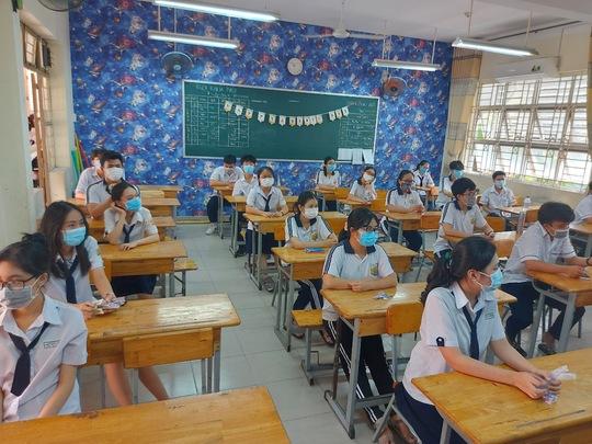 TP HCM nhắc nhở các cơ sở giáo dục thực hiện quy định tạm dừng hoạt động dạy, học - Ảnh 1.