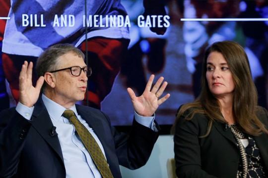 Tỉ phú Bill Gates không chuẩn mực với nữ nhân viên? - Ảnh 1.