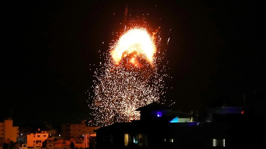 Israel cảm ơn Mỹ chặn lệnh ngừng bắn, tiếp tục không kích dải Gaza - Ảnh 1.