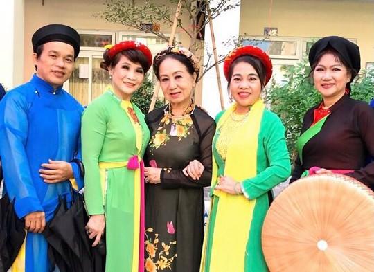 Chương trình Mai Vàng nhân ái thăm Nghệ nhân quan họ Trung Kiên - Ảnh 4.