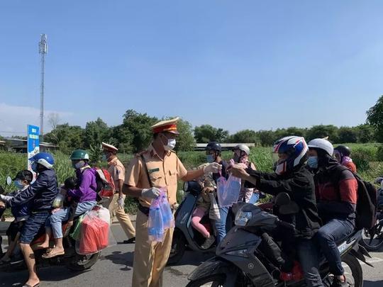 41 người chết vì tai nạn giao thông trong 3 ngày nghỉ lễ - Ảnh 1.