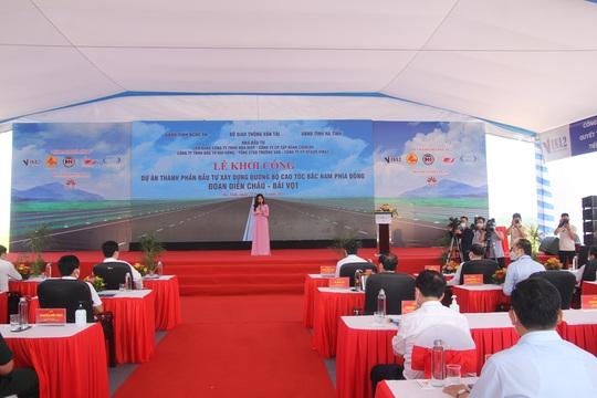 Khởi công dự án thành phần cao tốc Bắc - Nam hơn 11.000 tỉ đồng - Ảnh 1.