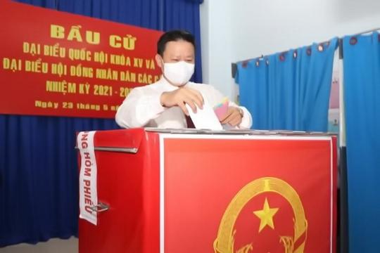 Bỏ phiếu tại Bình Dương, Bình Phước, Tây Ninh - Ảnh 3.