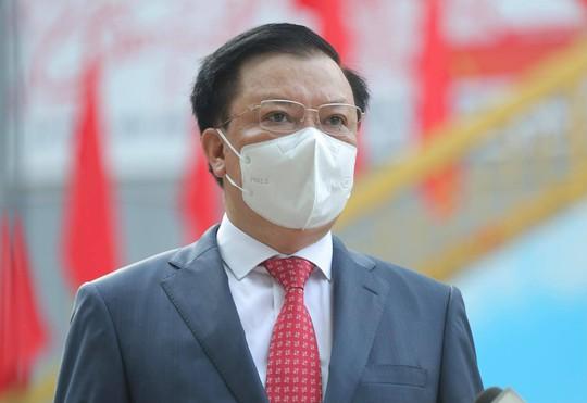 Cử tri Hà Nội náo nức đi bỏ phiếu bầu cử - Ảnh 6.