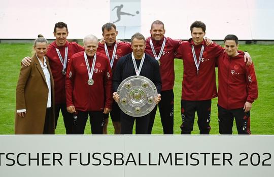 Lewandowski phá kỷ lục trong ngày Bayern Munich đăng quang vô địch Bundesliga - Ảnh 7.