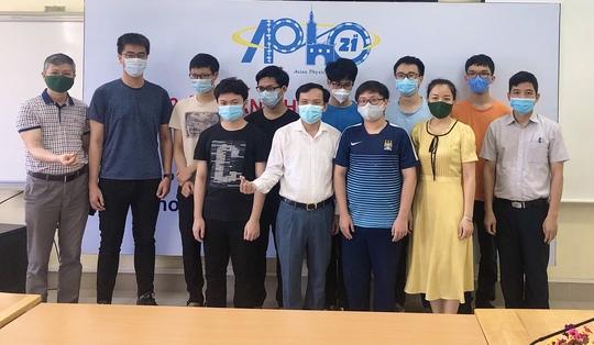 Học sinh Việt Nam đạt điểm cao nhất Olympic Vật lý Châu Á - Thái Bình Dương - Ảnh 1.