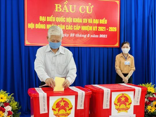 Bỏ phiếu tại Bình Dương, Bình Phước, Tây Ninh - Ảnh 1.