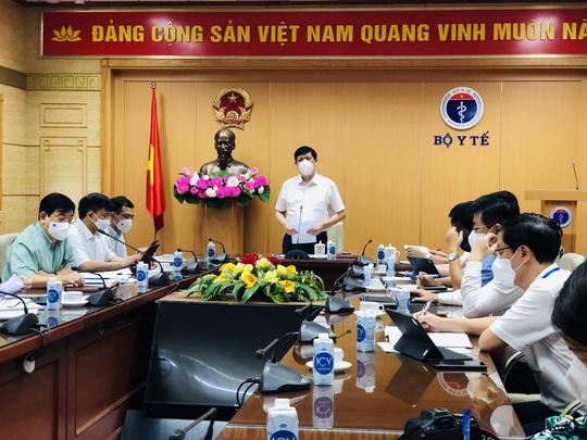 Bộ trưởng Y tế: Chặn dịch ở Bắc Giang phải nhanh gấp 10 Đà Nẵng - Ảnh 1.