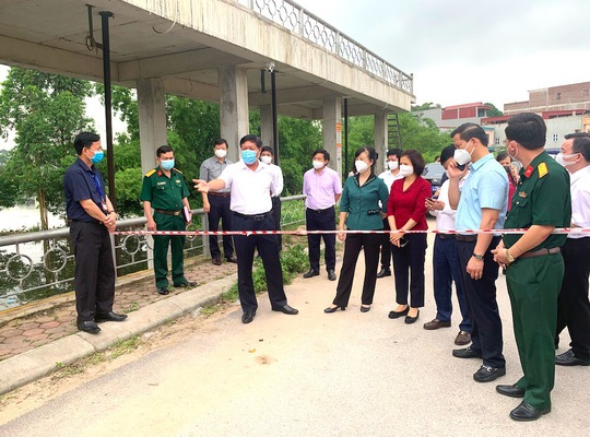 Bộ Y tế chi viện chống dịch Covid-19 tại Bắc Ninh - Ảnh 1.