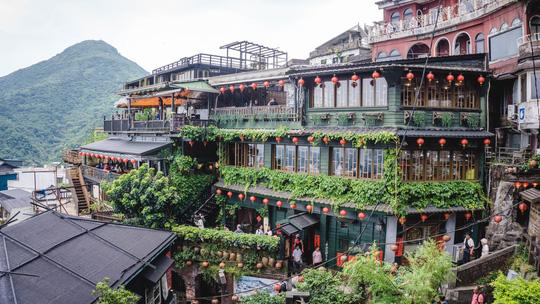 Việt Nam vào top 10 nơi đáng sống nhất cho người nước ngoài - Ảnh 10.
