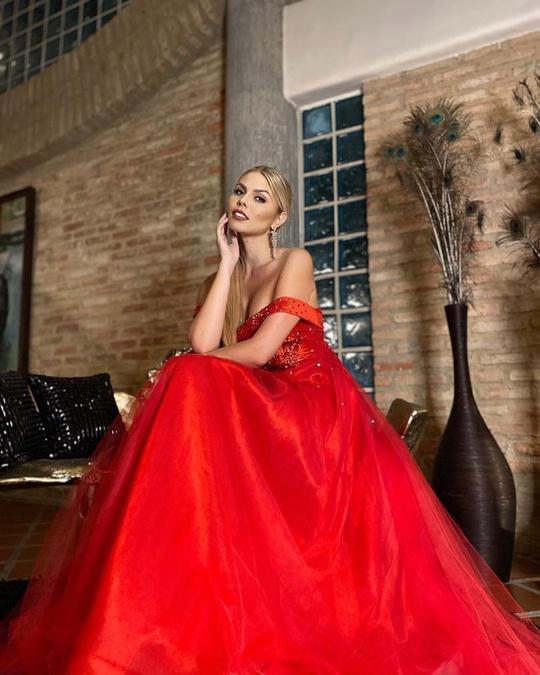 Cận cảnh nhan sắc tân Hoa hậu Siêu quốc gia Venezuela - Ảnh 7.