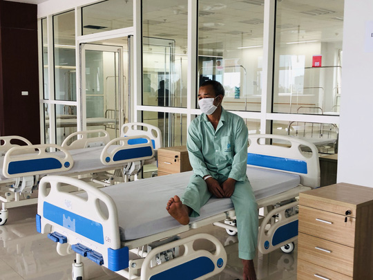 Chuyển 151 F1 của ca bệnh Covid-19 siêu lây nhiễm đến Bệnh viện Bạch Mai cơ sở 2 - Ảnh 18.