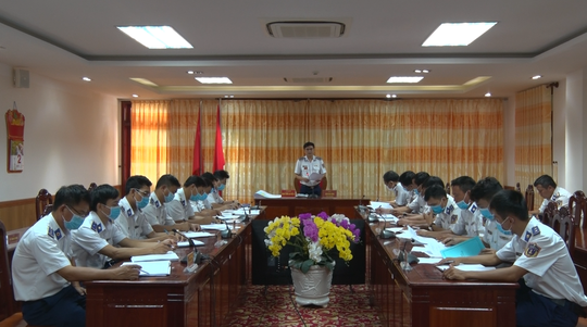 Phú Quốc: Cảnh sát biển điều 2 tàu ngăn nhập cảnh trái phép - Ảnh 4.
