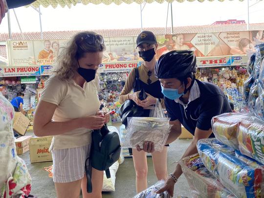 Đà Nẵng, Nha Trang: Siết chặt 5K,  phạt người không đeo khẩu trang ở nơi công cộng - Ảnh 6.