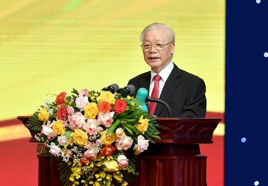 Tổng Bí thư Nguyễn Phú Trọng: Ngành ngân hàng là huyết mạch của nền kinh tế - Ảnh 1.