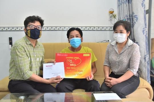 Mai Vàng nhân ái thăm Nghệ nhân Nhân dân Út Tỵ và NSƯT Xuân Quan - Ảnh 5.