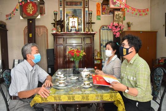 Mai Vàng nhân ái thăm Nghệ nhân Nhân dân Út Tỵ và NSƯT Xuân Quan - Ảnh 2.