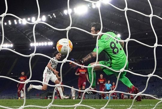 Người hùng Cavani tỏa sáng, Man United vào chung kết Europa League - Ảnh 4.