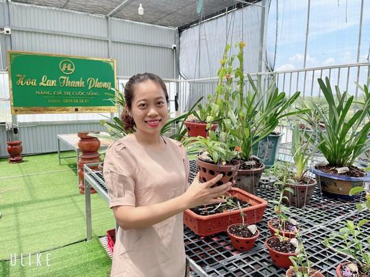 Bà chủ vườn lan trăm loài Thùy Linh chia sẻ bí quyết trồng lan - Ảnh 4.