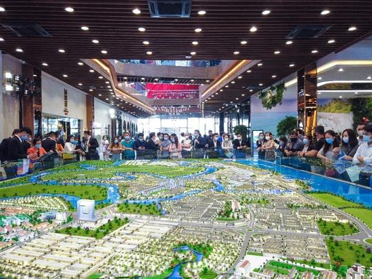 BĐS đô thị vệ tinh liền kề hút nhà đầu tư khu Đông Sài Gòn - Ảnh 4.
