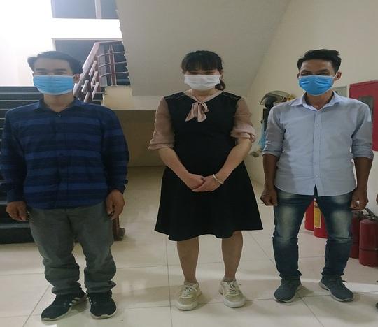 Bắt 3 đối tượng tổ chức cho nhiều người Trung Quốc nhập cảnh trái phép - Ảnh 1.