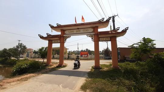 Thừa Thiên - Huế: Phong tỏa xã Phong Hiền vì có ca nghi dương tính SARS-CoV-2 - Ảnh 1.