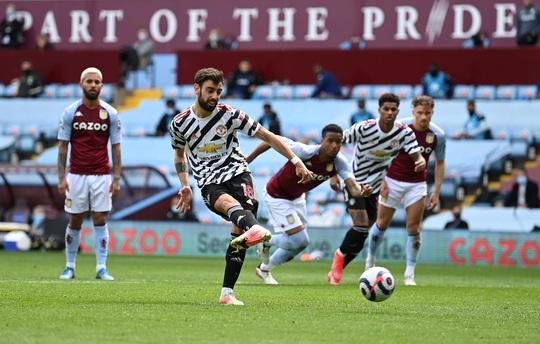 Ngược dòng hạ Aston Villa, Man United tiếp tục đua vô địch Ngoại hạng Anh - Ảnh 4.