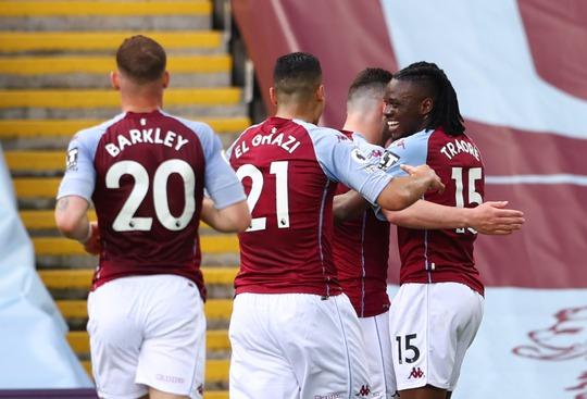 Ngược dòng hạ Aston Villa, Man United tiếp tục đua vô địch Ngoại hạng Anh - Ảnh 3.