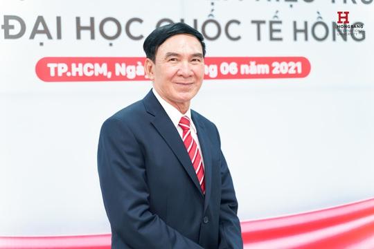 GS- TS Phạm Văn Lình làm Hiệu Trường ĐH Quốc tế Hồng Bàng - Ảnh 1.
