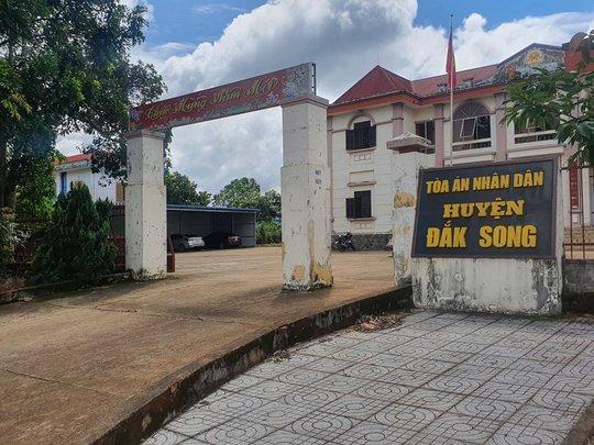 Chánh án TANT tỉnh Đắk Nông lên tiếng việc 1 thẩm phán lập 57 hồ sơ khống - Ảnh 1.