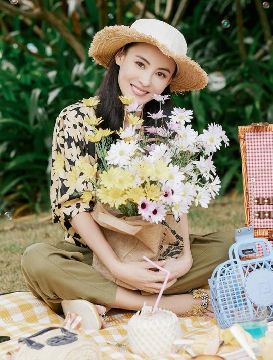 Phong cách thời trang của Trương Bá Chi - Ảnh 10.