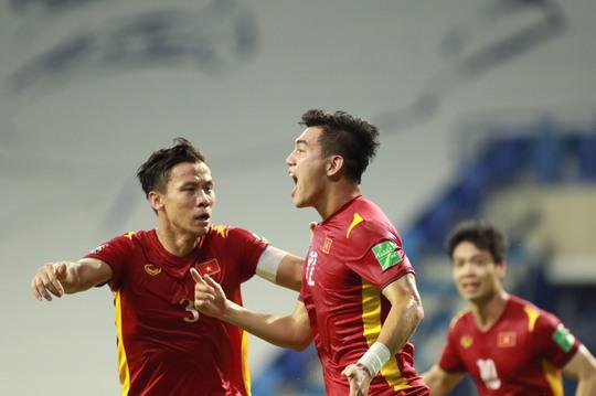 Việt Nam vào vòng loại cuối cùng dù thất bại trước UAE - Ảnh 1.