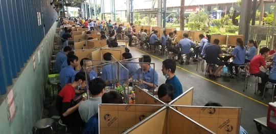 Một nhà máy trong KCN Tân Bình được gỡ bỏ phong tỏa - Ảnh 5.