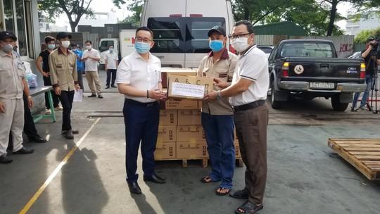 Một nhà máy trong KCN Tân Bình được gỡ bỏ phong tỏa - Ảnh 4.