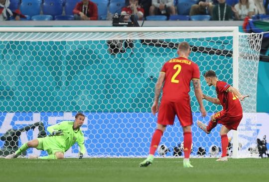 Bỉ - Nga 3-0: Cú đúp Lukaku đè bẹp gấu Nga - Ảnh 4.