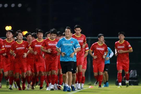 Giải mã cánh tay mặt của HLV Park Hang-seo sẽ lần đầu tiên chỉ đạo tuyển Việt Nam - Ảnh 4.
