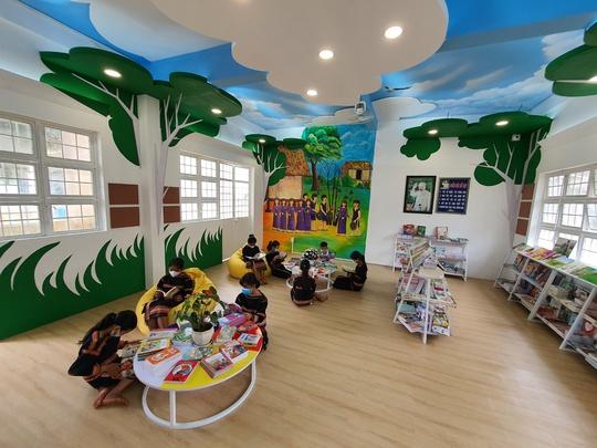 Khánh thành không gian đọc sách mô hình mới tại Pleiku - Ảnh 2.