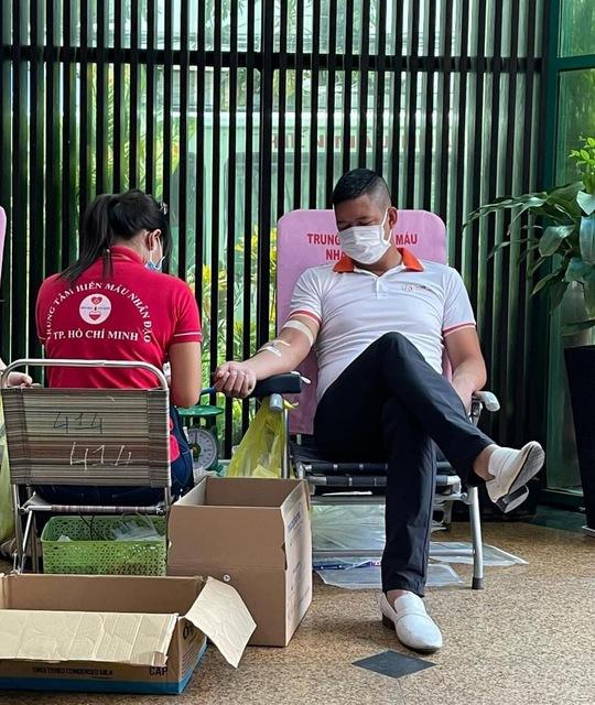 PNJ tổ chức hiến máu nhân đạo, bổ sung nguồn máu dự trữ đang cạn kiệt của TP HCM - Ảnh 4.