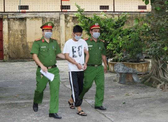 Tìm ra thủ phạm đột nhập tiệm vàng ở Quảng Bình cuỗm tài sản gần 100 triệu đồng - Ảnh 2.